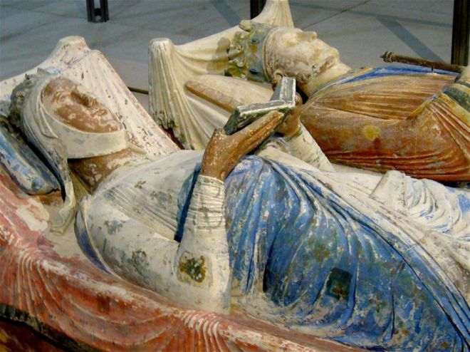 a02d4b0dbdae8a18b8cf335c9b6a584e--royal-lineage-eleanor-of-aquitaine